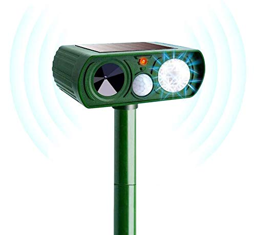 Ultrasonic Animal Repeller Waterproof Outdoor Solar Powered Cat Repeller with Motion Sensor with LED Light Farm Yard Garden Get Rid of Dogs, Cats, Foxes, Rod, Skunk, Squarrels (Green)