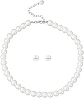 Femtindo Pearl Necklace Choker for Women Jewelry,Faux Small Pearl Necklaces Collar De Perlas para Mujer with Charm Chain