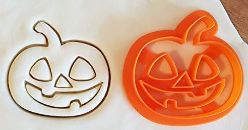 Tagliabiscotti a forma di zucca di Halloween