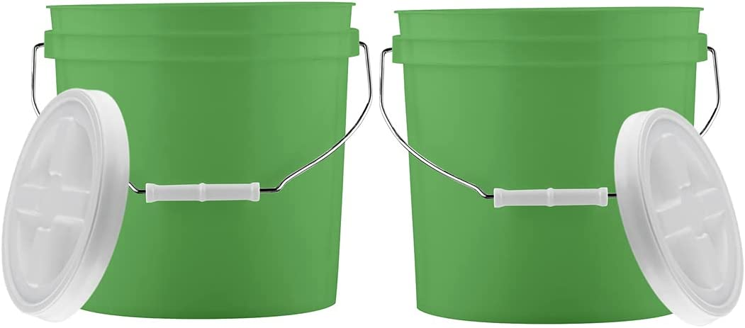 House Naturals 2 Gallon Food Grade BPA Free Bucket Container with Screw on Gamma Lid ( Pack of 2) Made in USA (Green)