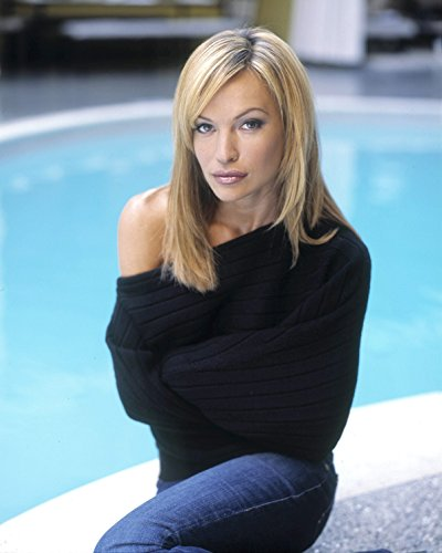 Jolene Blalock 8 x 10 / 8x10 Photo Picture Image #2 *SHIPS FROM USA*