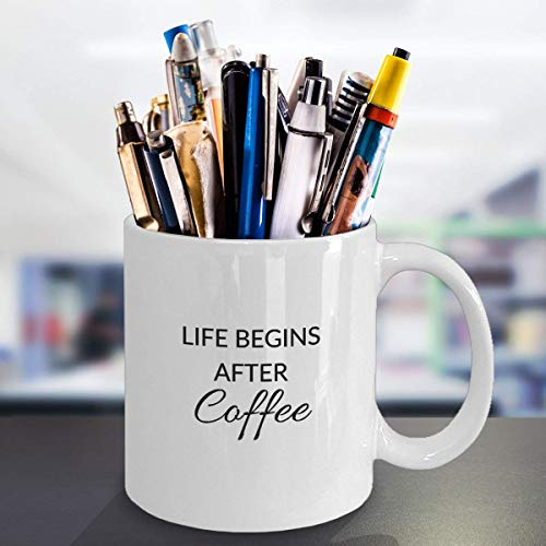 Taza de cerámica con frase en inglés 'Life Begins After Coffee'