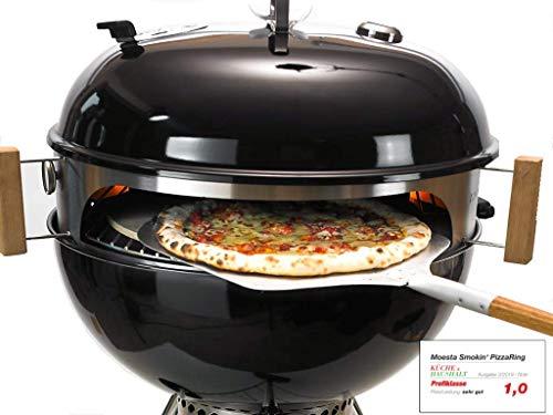 Moesta-BBQ 10085 Smokin' PizzaRing - Pizzaset – Perfekte Pizza vom Kugelgrill - Mit Pizzaschieber, Pizzastein, Pizza-Blech und Thermometer- Für Grills mit 57cm Ø