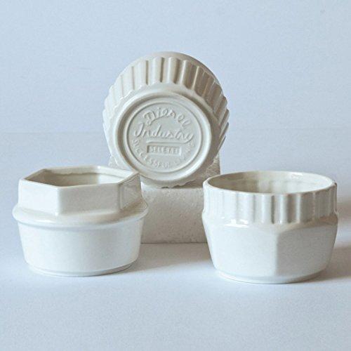 Lot de 3 coupelles en porcelaine « Machine Collection » Ø 9 cm H.6-Mod. Ass.