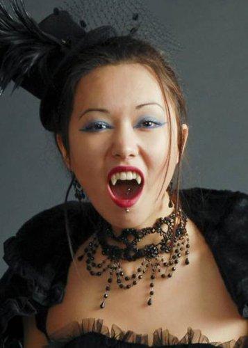 Magic Box Crocs de Vampire Luxe dent Casquettes
