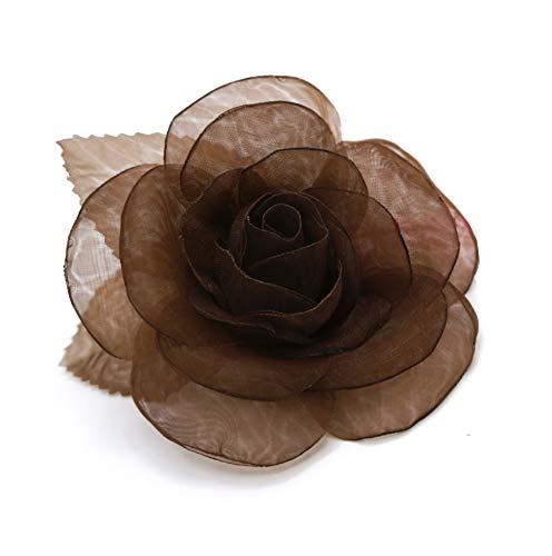 spilla a fiori in organza, color cioccolato.