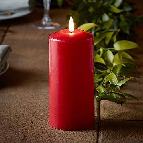Lights4fun TruGlow® rote Echtwachskerze mit warmweißer LED Flamme und Timer 15cm batteriebetrieben