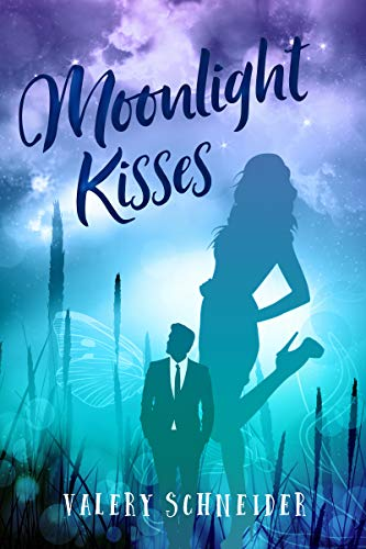 Moonlight Kisses: Sexy, romantic, passionate - three erotic stories to fall in love with (English Edition)