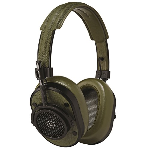 MASTER & DYNAMIC MH40 Over-Ear Headphones with Wire - Noise Isolating with Mic Recording Studio Headphones with Superior Sound, 200mm x 185mm x 50mm (MH40B8)