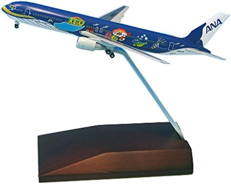 ANA Trading 1 400 767-300 JA8957 Marin jumbo Jr. wooden pedestal