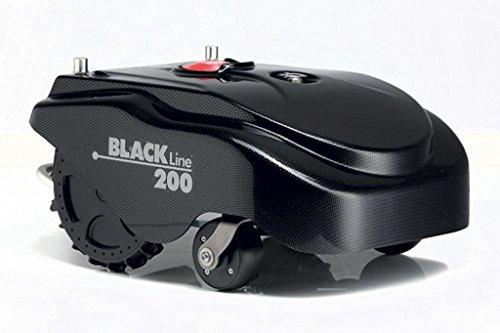 Robot rasaerba Ambrogio L200 Black Line è in grado di gestire 1.900 m2, pendenze del 45% e fino a tre zone di taglio separate. Le batterie Litio-Ione da 7.5Ah garantiscono 3:00 ore di funzionamento. E' munito di lama a 4 denti da 29 cm e velocità modulare, assicurando così una maggiore durata della batteria e del motore. Il Sistema Compass, formato da dispositivi di navigazione avanzata, permette di controllare perfettamente la traiettoria. La copertura base di ricarica viene fornita di serie.