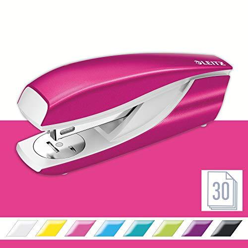 Leitz 55021023 Heftgerät (30 Blatt, Metall mit Kunststoffelementen, Inkl. Heftklammern, WOW) metallic pink