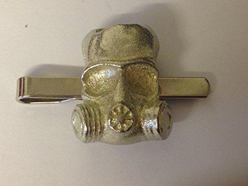 GAS Maske gt194aus feinem englischen Moderne Zinn auf einer Krawatte Clip (Slide) geschrieben von uns Geschenke für alle 2016von Derbyshire UK