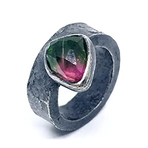 Precioso anillo con preciosa Turmalina bicolor (Sandía) realizado en plata de ley y oxidado (negro). Anillo.