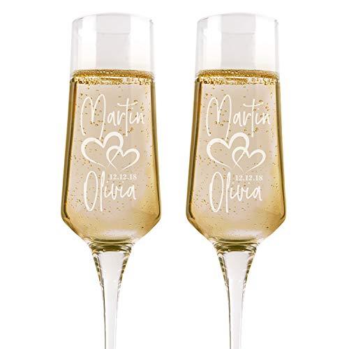 Be Burgundy Juego de 2 copas de champán personalizadas para bodas para novios y novios con nombres y fecha – Copa de champán con grabado personalizado Mr Mrs – Corazones y nombres con fecha