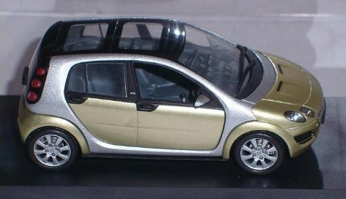SMART FORFOUR FOR FOUR 4 FOR4 GRÜN 1/43 SCHUCO MODELLAUTO MODELL AUTO SONDERANGEBOT