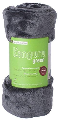 Kanguru Plaid Green, coperta in soffice pile 100% RICICLATO, dimensioni 130x170cm, calda ed elegante.