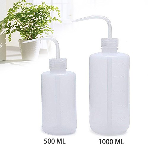 Antrader Plastic Watering Bottle 500ML Succulent Squeeze Watering Can Gardening Tools with Bend Mouth and Scale Mark