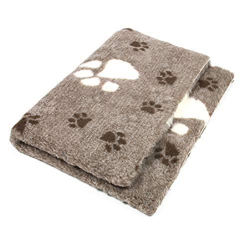 ProFleece Premium Hundedecke Haustiermatte 3-farbig graubraun mit Pfotenabdruck | Rutschfest | Antibakteriell | Antiallergen | Atmungsaktiv | Isolierend | Waschbar (L = 150 x 100 cm)