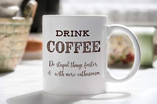 Drankkoffiemok grappig wk beker doen domme dingen die ik koffiemok liefde, doen domme dingen beker grappige cadeaubeker beker beker voor koffieliefhebbers