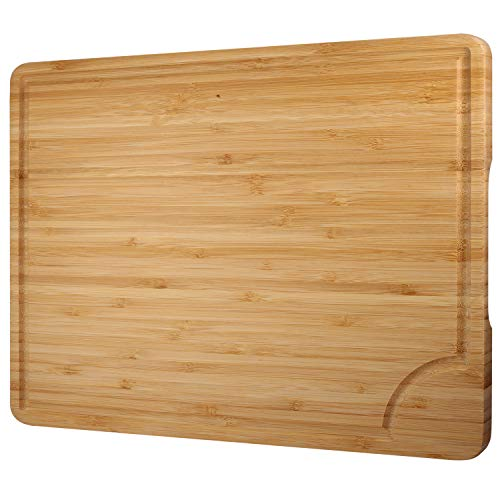 Yosemy Schneidebrett aus Bio Bambus Schneidebrett mit Saftrille Antiseptisches Holz Premium Hackbretter Frühstücksbrettchen Servierbretter 36.5 x 27.5 cm