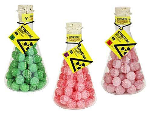 Radioactive Sours - Mega-Extrem saure Süßigkeit - Super Sour Bonbons - 3er Pack - Geschmacksrichtungen Apfel, Erdbeere, Kirsche (3 x 375g)