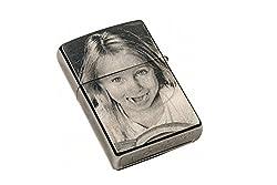 ZIPPO Feuerzeug EINSEITIGE Wunsch Gravur | Zippo graviert mit Deinem Foto und Text | Chrome Brushed Silber matt | personalisiert + individuell