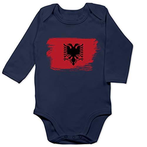 Shirtracer Baby Fahnen und Flaggen - Flagge Vintage Albanien - 3/6 Monate - Navy Blau - albanien Trikot Baby - BZ30 - Baby Body Langarm