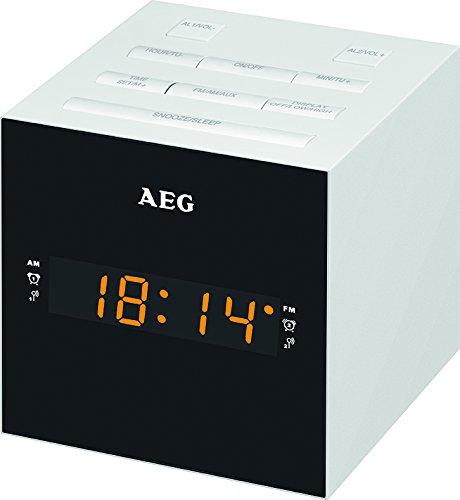 AEG MRC 4150 Uhrenradio mit USB-Anschluss weiß