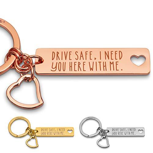 Merica Edler Schlüsselanhänger mit Gravur + Herz – Drive Safe I Need You here with me – Auto Schutzengel Lieblingsmensch Paare Frauen Männer Rosegold