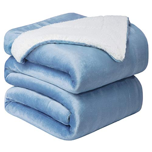 Bedsure Coperta di Pile Sherpa per Letto e Divano Grande Azzurro 240x220cm - Plaid Letto Singolo Coperte di Sherpa e Flanell Microfibra Morbida