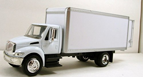 NewRay International 4200 1:43 diecast 8' model delivery Box Truck White N147