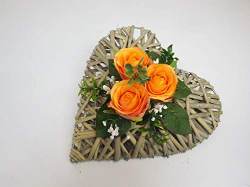 Ziegler Rattanherz Rosengesteck Rosenherz Tischgesteck Tischdeko Grabgesteck Grabschmuck Trauerschmuck Grabaufleger Blumengesteck Tischgesteck Herz 3 Rosen orange (3)