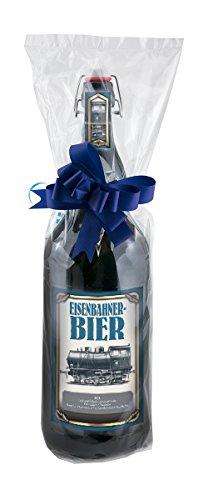 Eisenbahner 1C1-3 Liter XXL-Flasche Bier mit Bügelverschluss in Folie und Schleife verpackt als Geschenk