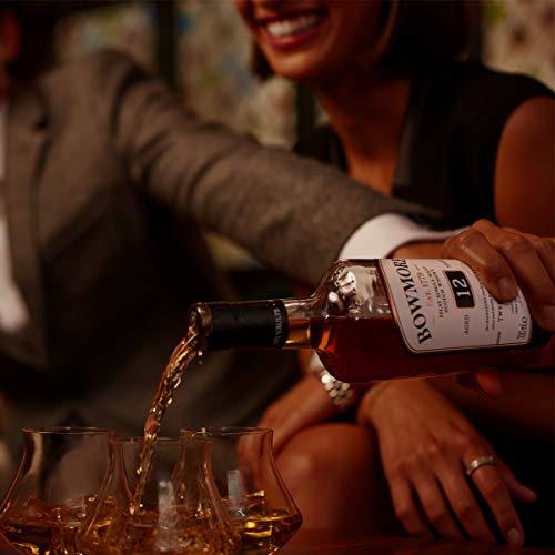 Bowmore 12 Jahre Single Malt Scotch Whisky, mit Geschenkverpackung, ausgewogen mit rauchigen Geschmacksnoten, 40% Vol, 1x 0,7l - 4
