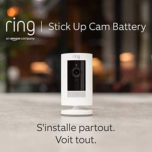 Ring Stick Up Cam Battery par Amazon, Caméra de surveillance HD avec système audio bidirectionnel, Blanc, Fonctionne avec Alexa