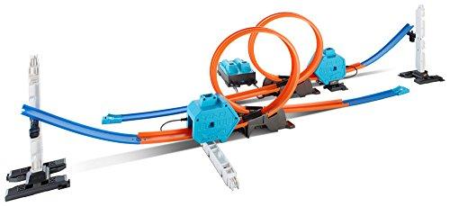 Hot Wheels DGD30 Track Builder Starter Set, Trackset Zubehör Spielset mit Griff zum Transportieren, 5 Jahren