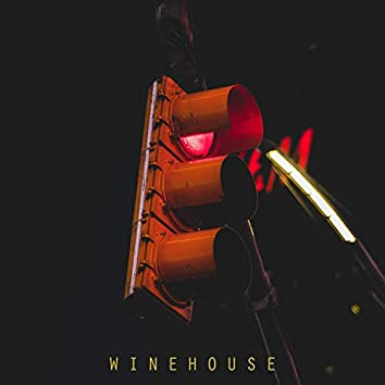 Winehouse (feat. Gxldie)