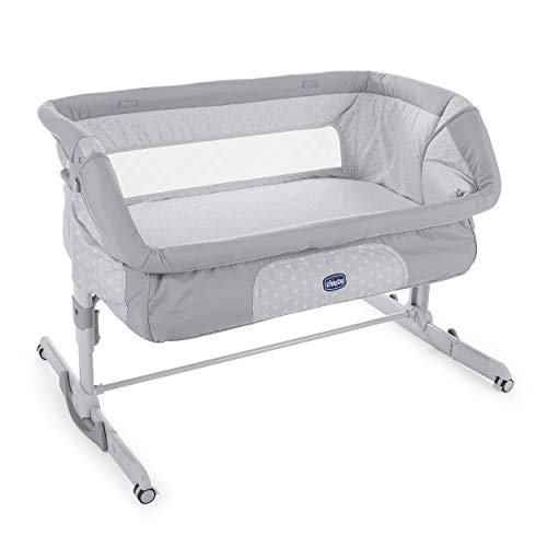 Chicco Next2Me Dream Bedside Baby Crib - Co-Sleeping Baby Cot with Mattress, Rocking Function, Foldable Side, Adjustable Height, Mesh Windows, Wheels and Travel Bag - 0-6 Months, 9 kg