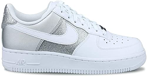 Nike Wmns Air Force 1 '07, Scarpe da Basket Donna, White/White-Mtlc Silver, 38 EU