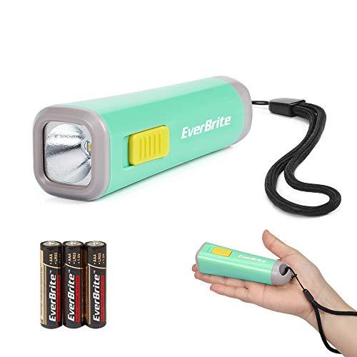 EverBrite Mini Linterna LED Linterna Portátil Antorcha Linterna, Iluminación Nocturna, Ligera y Duradera, 3 Baterías AAA Incluidas, Buen Regalo para Chicos - Verde