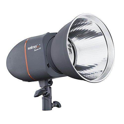 Walimex pro Newcomer 300 Studioblitz - 300 Ws Blitzleistung, auslösen per Funk 2,4GHz + Fotozelle + Kabel, Blitzlicht mit 75W Modellierlampe Reflektor für Indoor Studio On Location Fotografie