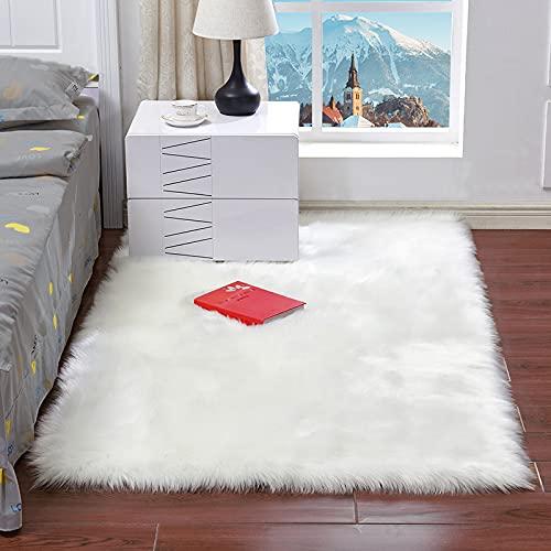 NeuWook Alfombra de Piel de Oveja de imitación de Piel de Cordero,alfombras de Cama de Lana de imitación de Piel de Pelo Largo para Sala de Estar (Blanco, 60 x 90 cm)