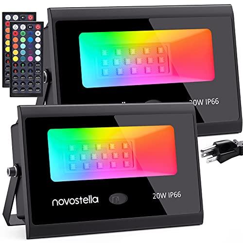 Novostella Projecteur LED RGB 20W, 20 Couleurs 6 Modes avec Télécommande à 44 Touches, Projecteurs Couleur Éclairage de jardin IP66 Etanche Pour Arbre Soirée Bar Fête, Lot de 2