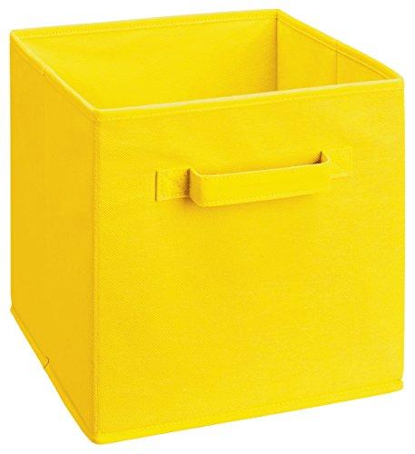 cubo amarillo de la marca ClosetMaid