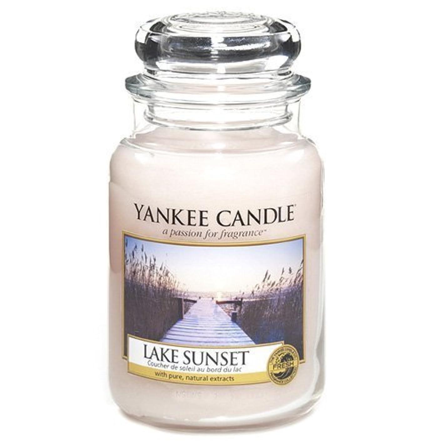 引用硬い小数Yankee Candle Large Jar Candle, Lake Sunset by Yankee [並行輸入品]