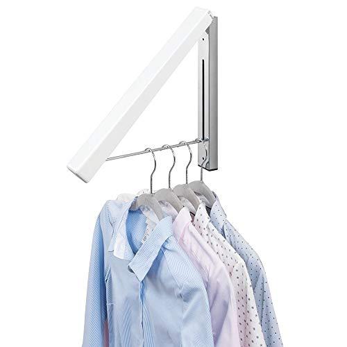 mDesign Colgador de ropa abatible para tendedero – Escuadra metálica para prendas que se van a enviar a la tintorería – Perchero de pared plegable con barra para colgar perchas de ropa – blanco