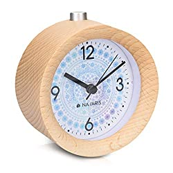 Navaris Wood Analog Alarm Clock - Round Battery-Operated Non-Ticking Clock with Snooze Button and Light - Light Brown, Arctic Snowflake
