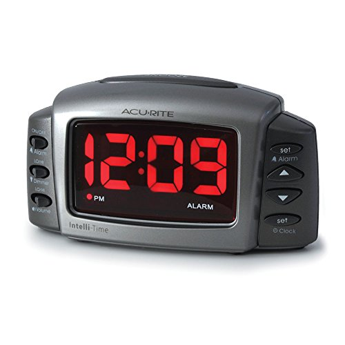 AcuRite 13030 Intelli-Time Alarm Clock with Adjustable Volume and Brightness