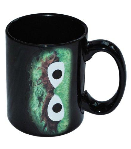 alles-meine.de GmbH Henkeltasse Sesamstraße Oscar grün Mülltonne - Porzellan / Keramik Tasse mit Henkel Porzellantasse - Erwachsene Mädchen Jungen Trinktasse Kaffeetasse